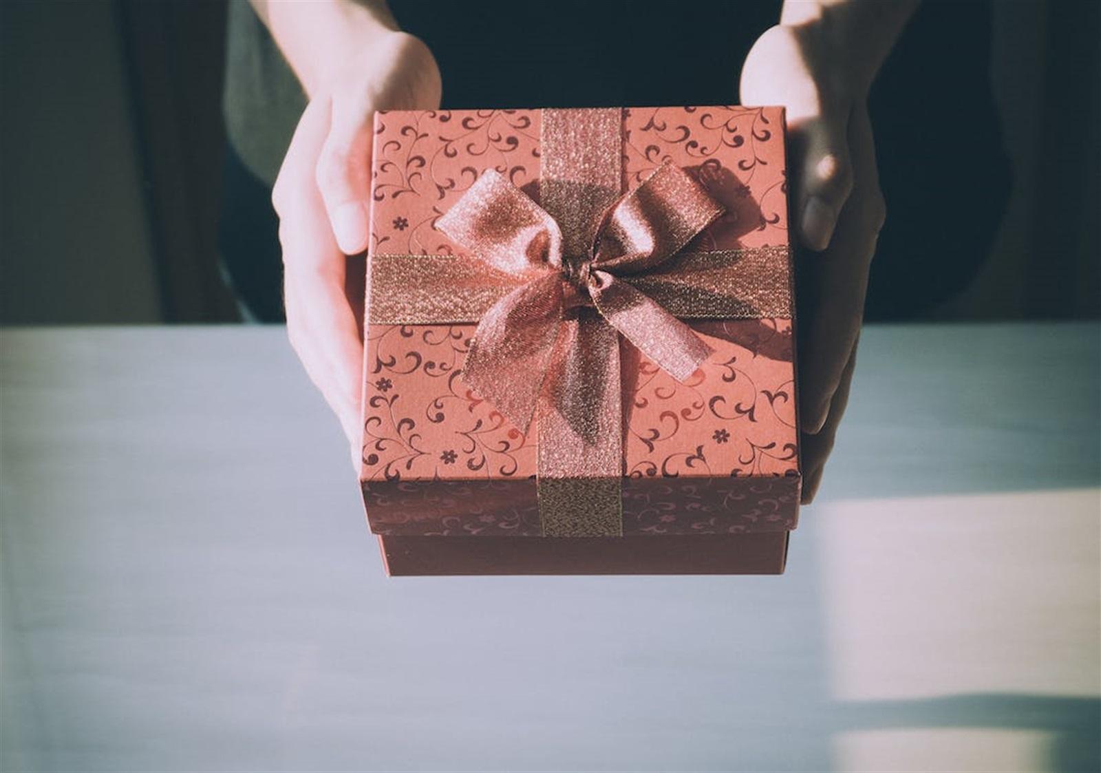 Alternative Seasonal Gift Ideas for Small Businesses